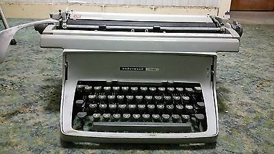 Vintage Typewriter -Underwood Five