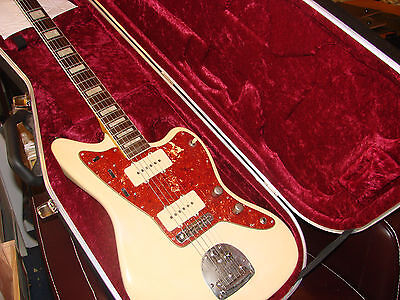 Fender Jazzmaster Electric Guitar and Case