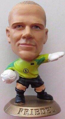 Brad Friedel 2006 USA Goalkeeper Football Corinthian Figure Gold Base MC5696
