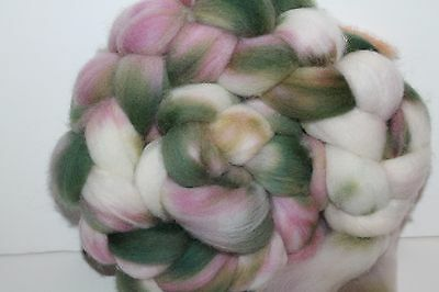 Kettle Dyed Falkland Wool top.  Easy to Spin Roving. 4oz Braid. Spin/Felt. F67