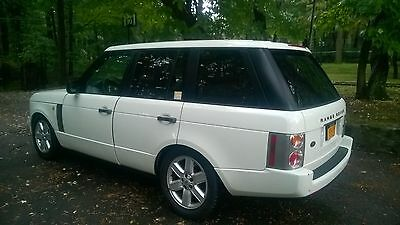 2004 Land Rover Range Rover  1 owner Range Rover HSE Land Rover 4WD 4X4 RARE WHiTE VERY CLEAN NEVER OFFROAD