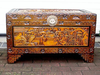 Large Carved Camphor Wood Blanket Box*toy / Storage Chest / Asian Theme*exc Cond