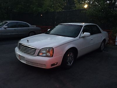 2004 Cadillac DeVille Base 2004 Cadillac DeVille ONLY 133 MILES LEATHER RUNS & DRIVES GREAT