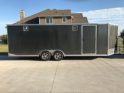 2016 Neo 26' V-nose Enclosed Trailer - Excellent Condition