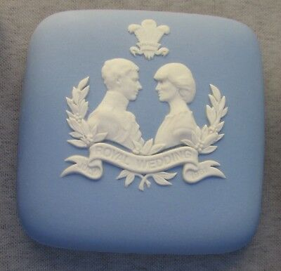 Wedgwood Blue Jasper Box Royal Wedding 1981 Charles Diana