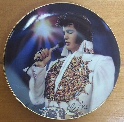"Elvis Presley Collector Plate 8"" The Dream : Remembering Elvis AA"