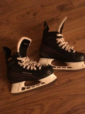 Bauer Size 5.5 Ice Skates With Wax Laces