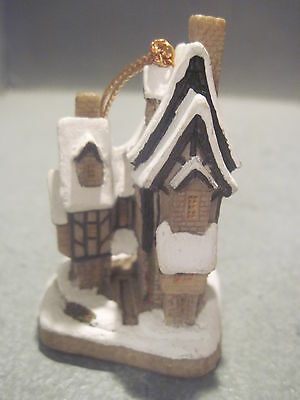 """David Winter Cottages Ornament """"Freds Home """""""