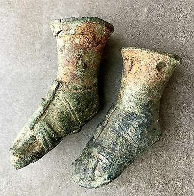 A Pair Of Antique Bronze Roman Feet Attachments