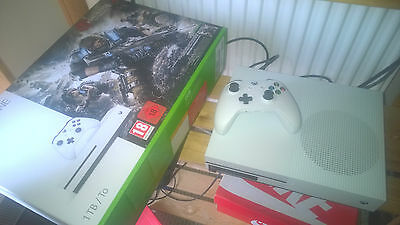 Xbox One S Gaming Console 1TB HDD Gears Of War 4