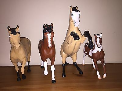 Customizable Breyer Horse Lot of 4