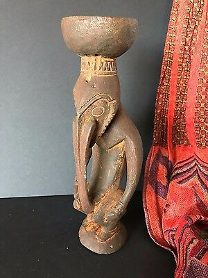 Old Papua New Guinea Carved Wooden Sepik River Paint Pot (a) …one of a unique co