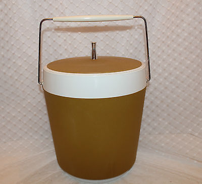 West Bend Vintage Ice Bucket Harvest Gold & White color Metal Handle and Cap
