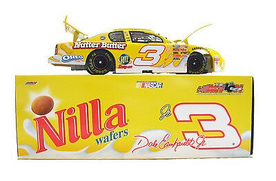 New-Dale Earnhardt Jr. #3 Nilla Racing 2002 Chevy Monte Carlo 1:24 Scale Action