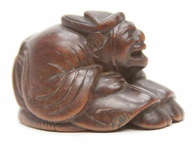 Antique Japanese Carved Wooden Netsuke Man Sitting On Jingasa Edo Meiji Inro Old