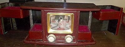 VINTAGE JAPANESE JEWELLERY BOX WITH TV SCREEN DANCERS ?1950's