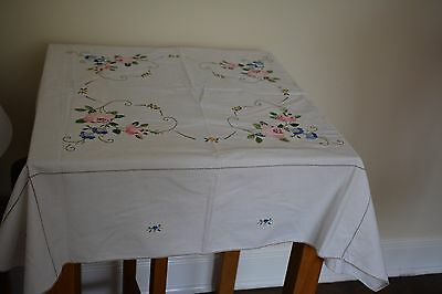 """VINTAGE HAND EMBROIDERED  cotton TABLECLOTH with  EMBROIDERY 40 x 40"""""""