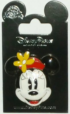 Disney Deluxe 3D Minnie Mouse Icon Pin NEW on Card