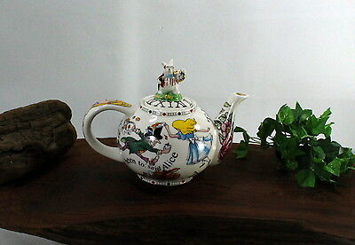 Paul Cardew Alice in Wonderland Teapot 4 Cup, 32 oz. used bbb474