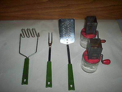 5 Vintage Androck Canada Lot : 3 Green Handled Kitchen Cutlery & 2 Nut Choppers