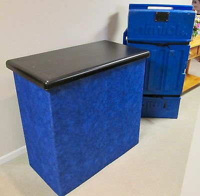 TRADE SHOW DISPLAY COUNTER WITH WHEELED CARRIER/STORE CASE - NIMLOK, Easy Setup!