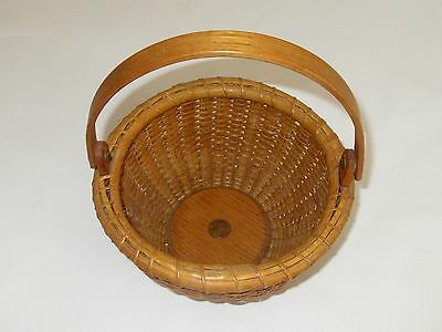 """Vintage Small Nantucket Style Swing Handle """"penny"""" Basket-Signed Mps, Dated 1975"""