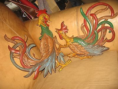 2 Vintage Syroco Rooster Chicken Decortive Wall Hanging Decoration