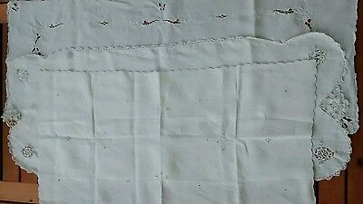 3 Vintage Embroidered Linen Cutwork Table Runners Wedding