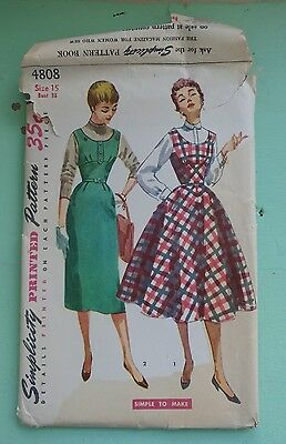 Vintage Simplicity 4808 Size 15 Bust 33 Junior Misses and Misses Jumper w Skirts