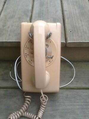 Vintage 1956 Beige Bell Systems Western Electric Rotary Wall Phone Works Great