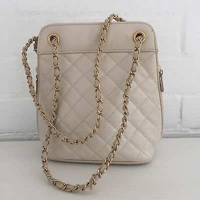 QUILTED Genuine LEATHER Handbag CREAM Gold Chain VINTAGE 80's