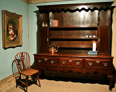 Handsome George III Oak Dresser with Original Rack and Chequer Inlays