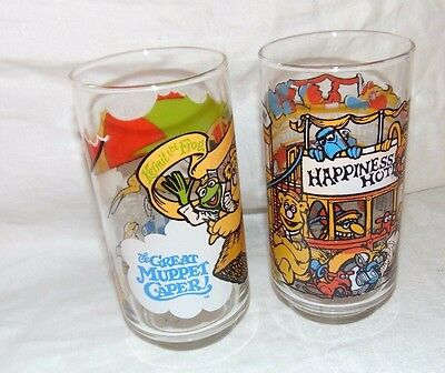 Set of 2 Collectible 1981 THE GREAT MUPPET CAPER Drinking Glasses GONZO & Hotel