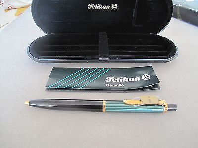 Vintage Pelikan K400 Ballpoint Pen Mint New Old Stock With Boxes And Papers