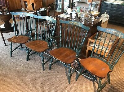 Set Of 4 Hitchcock Maple Chairs 2 Arms