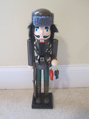 Fishing hunting camo nutcracker 15 inches new with tags wooden fuzzy hat gun