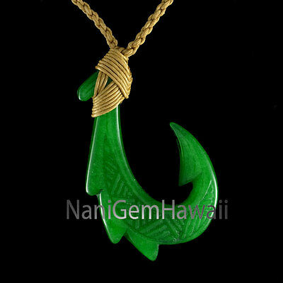 Hawaiian Hand Carved Design Polynesian Jade Makau Fish Hook Necklace Pendant