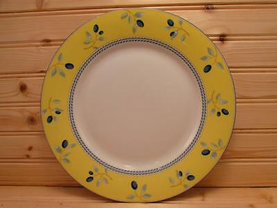 Blueberry by Royal Doulton Salad Plate Yellow Rim Blueberries Rope Blue Trim