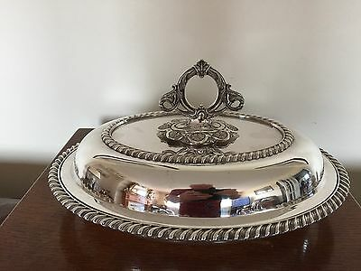 Stunning Silver Plated Oval Shaped Lidded Entree Dish  ( Sped 719A)