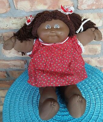 Cabbage Patch Black African American Girl 1978 1982 Xavier Roberts 1980s doll