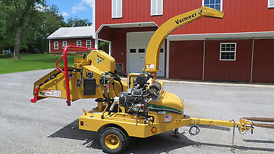 """2007 Vermeer Bc600Xl 6"""" Wood Chipper 27Hp Electric Start Towable Self Contained"""