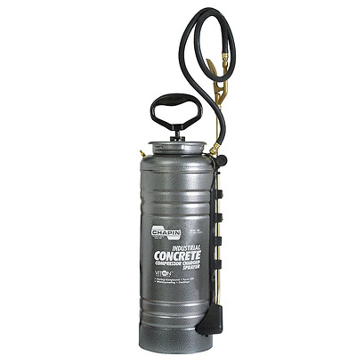 Chapin Pump Free 3.5-Gallon Industrial Compressor Charged Sprayer 1999