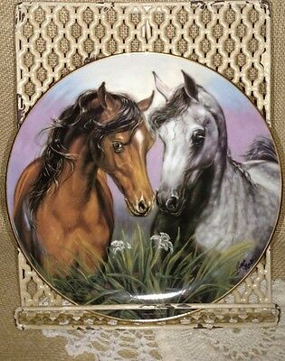 """Danbury Mint Horse Plate """"Love Conquers All"""" by Susie Morton Noble and Free 1993"""
