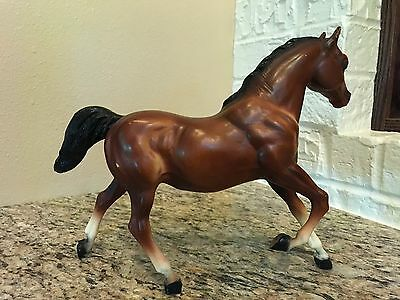 Breyer Traditional Vintage Running Mare - Model 124