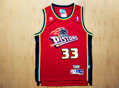 d099223ca Men s Detroit Pistons Grant Hill No.33 Red Classics Throwback Swingman  Jersey