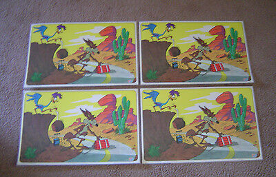Road Runner Wile E Coyote Placemats Set of 4 1976 Warner Brothers