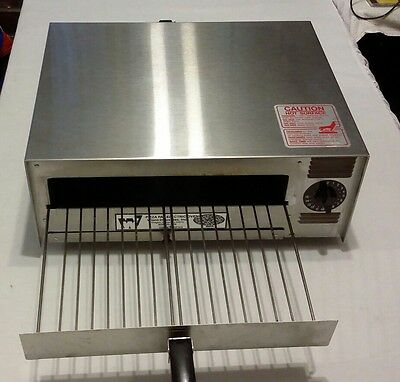 Wisco Pizza Pal Electric Oven Model 412-8NCT