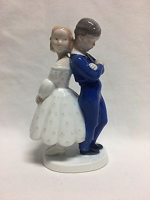Bing & Grondahl Pardon Me Boy Girl 2372 Figurine Mint