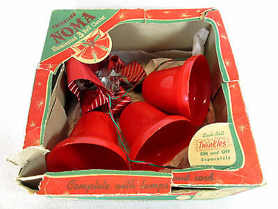 Vintage 1960s NOMA 3 Bell Cluster Twinkling lighted Christmas light set