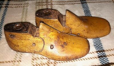 Pair Of Vintage Wood & Metal Shoe Forms Young Childs Children Size 8E